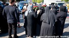 Deutschland Berlin | Beerdigung im Clan-Milieu | Polizeieinsatz
