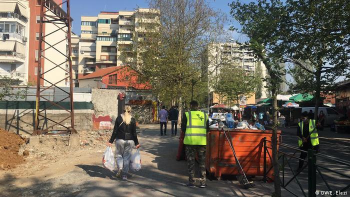 Albanien | Coronavirus | Lockdown | Tirana (DW/E. Elezi)