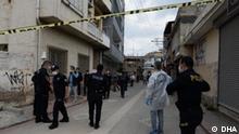 Foto von dem Tatort, wo ein Syrer von der Polizei erschossen wurde, nachdem er das Haltgebot der Polizei ignoriert hatte. Es ereignete sich in der südtürkischen Stadt Adana.