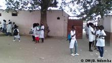 Schüler an einer Schule in Luanda Afrika