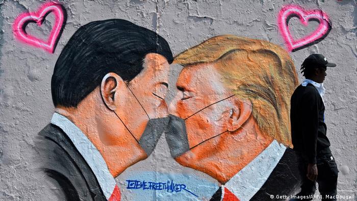 Трамп готовий запровадити нові мита проти Китаю навіть попри торгівлельну угоду між двома країнами