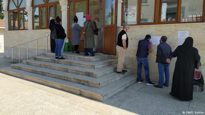 Masjid membuka pintu amal (DW/S. Rahim)