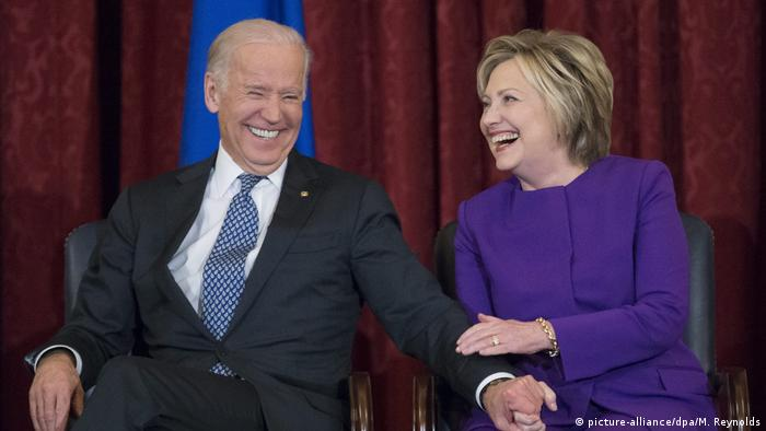 USA Joe Biden und Hillary Clinton (picture-alliance/dpa/M. Reynolds)