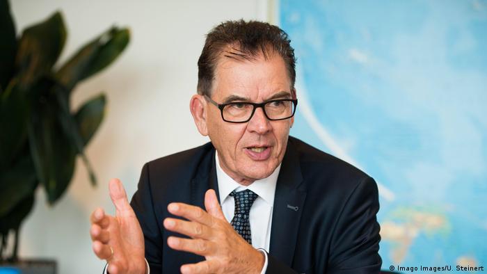 Gerhard Gerd Müller Bundesentwicklungsminister