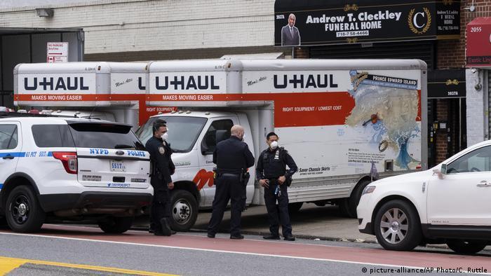 USA Coronavirus Leichenfunde in New York (picture-alliance/AP Photo/C. Ruttle)