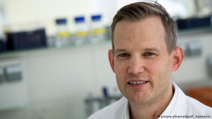 عالم الفيروسات الألماني هندريك شترييك