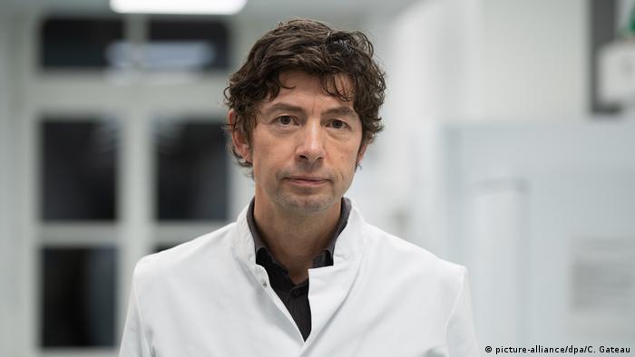 عالم الفيروسات الألماني البارز كريستيان دروستين