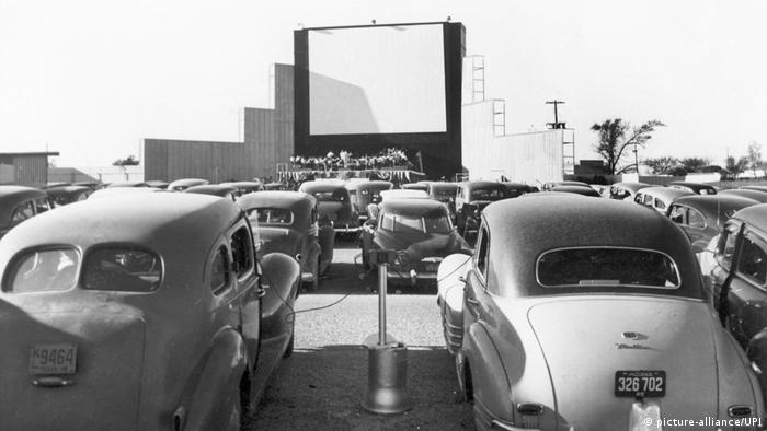 USA | Autokino in den 1950er Jahren