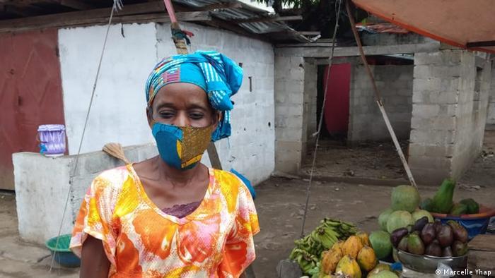 Liberia Gesichtsmaske von Bombchel Factory (Marcelle Yhap)