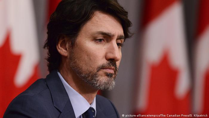 Estamos profundamente preocupados por la violenta represión de las protestas por parte del régimen cubano, expresó el primer ministro Justin Trudeau, en el que es uno de sus pocos comentarios sobre Cuba en los últimos años. Canadá ha sido de los aliados occidentales más cercanos de Cuba. Apoyamos al pueblo de Cuba que quiere y merece democracia, libertad y respeto, apostó Trudeau (15.07.2021).