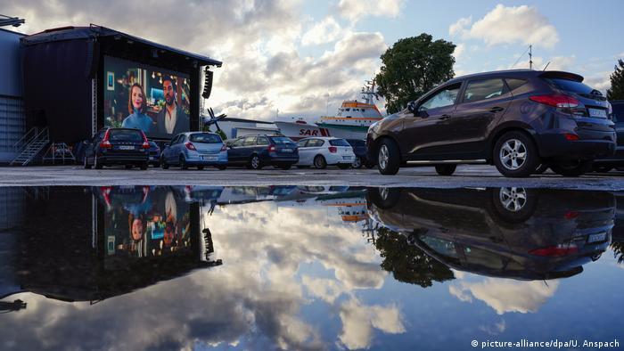 BdTD - Deutschland Autokino in Speyer (picture-alliance/dpa/U. Anspach)