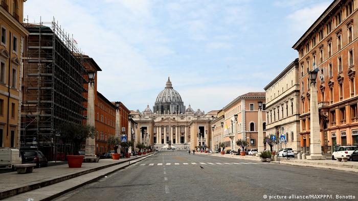 Empty street in Rome