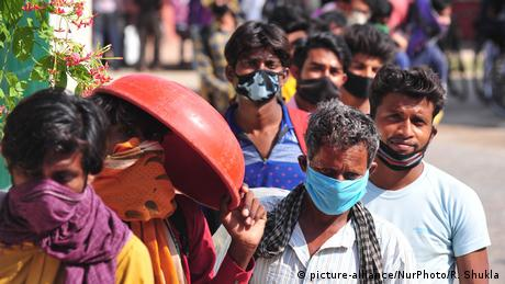 Indien Coronavirus Lockdown (picture-alliance/NurPhoto/R. Shukla)