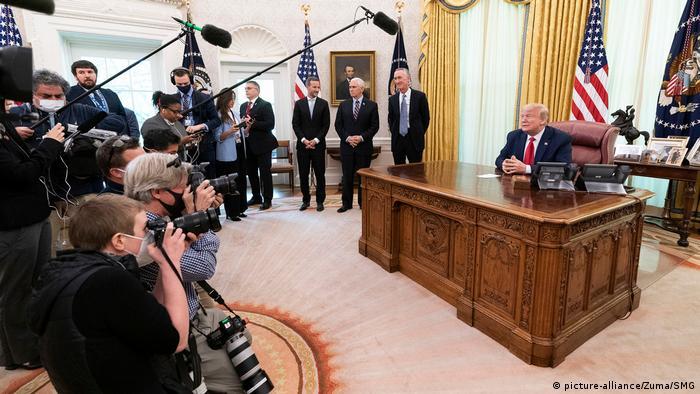 USA Washington | Coronavirus | Donald Trump zu Remdesivir, Medikament (picture-alliance/Zuma/SMG)