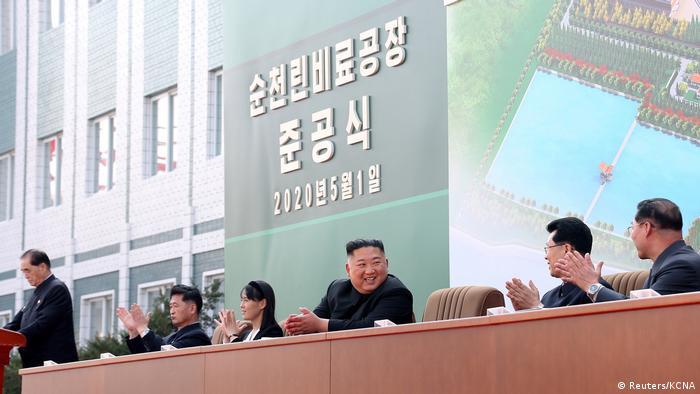 Nordkorea Kim Jong-un, Eröffnung einer Düngemittelfabrik (Reuters/KCNA)