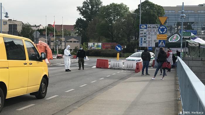Polska-Niemcy: granica dla pracowników transgranicznych i uczniów otwarta