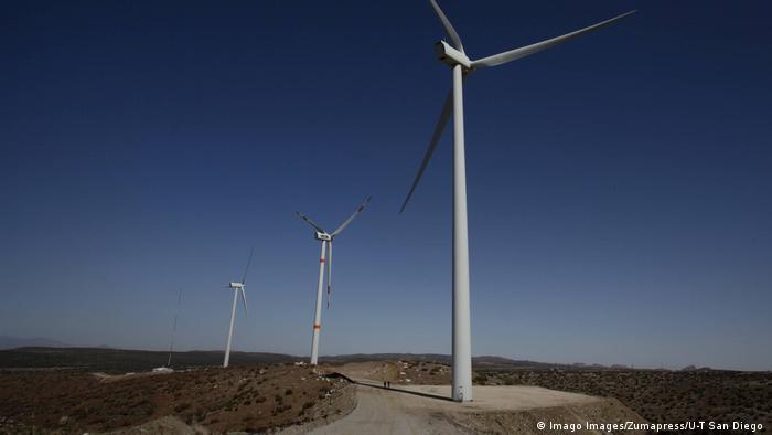 Filas de turbinas eólicas en el istmo de Tehuantepec.