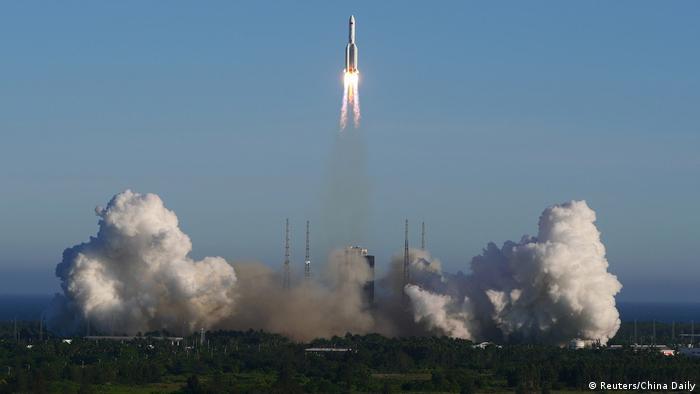 China Wenchang Space Launch Center | Raketenstart Long March 5B