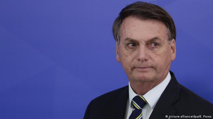 Brasilien Brasilia | Pressekonferenz | Präsident Jair Bolsonaro (picture-alliance/dpa/E. Peres)