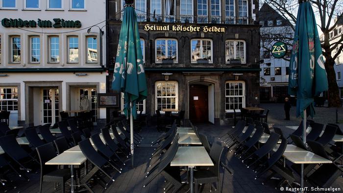 Kolonia: zamknięte restauracje z powodu pandemii