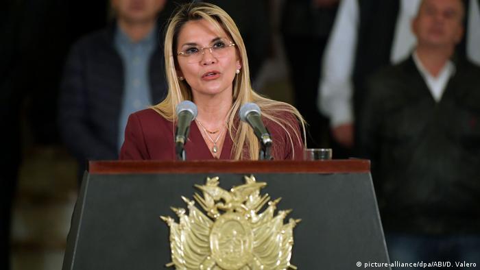 Bolivien Jeanine Añez (picture-alliance/dpa/ABI/D. Valero)