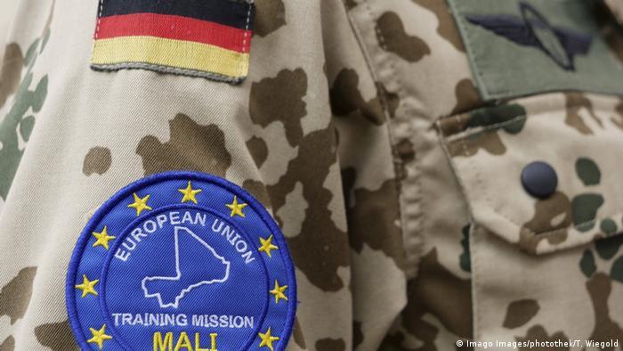 EUTM-Abzeichen an der Uniform eines Bundeswehr-Soldaten (Foto: Imago Images/photothek/T. Wiegold)