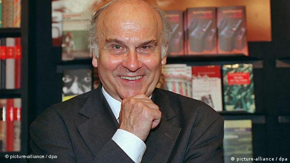 Der polnische Journalist Ryszard Kapuscinski Flash-Galerie
