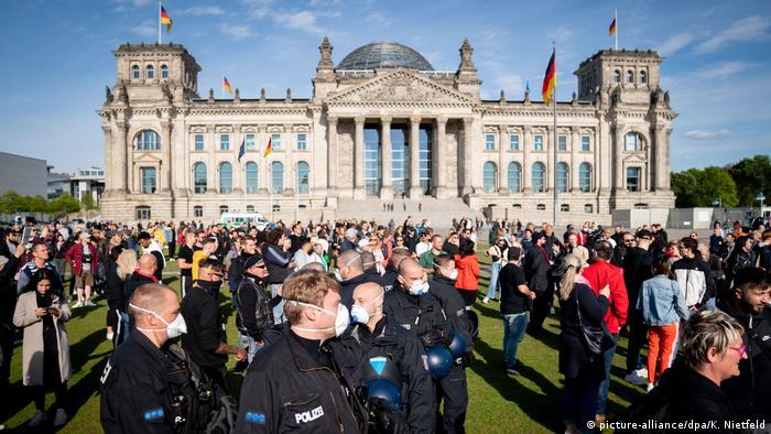 Manifestación contra las vacunas obligatorias, en Berlín (Mayo de 2020).