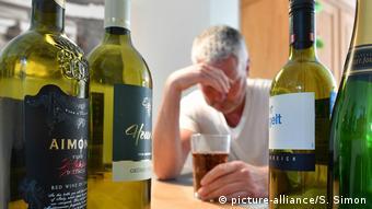 Καταφυγή στο αλκοόλ για την αντιμετώπιση των φόβων