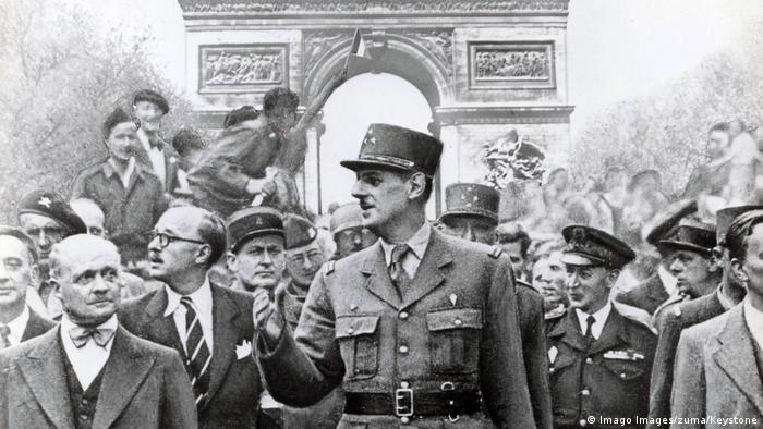 Charles de Gaulle, Paris, 1944