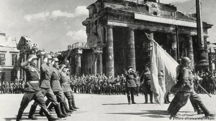 Проводы Знамени Победы в Москву 20 мая 1945 года