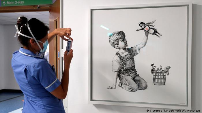 Großbritannien Southampton Krankenhaus | Kunstwerk von Banksy