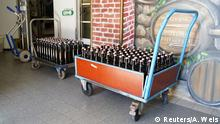 Deutschland Corona-Pandemie   Willingen Brauhaus verschenkt Bier