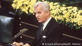 Рихард фон Вайцзеккер 8 мая 1985 года в бундестаге