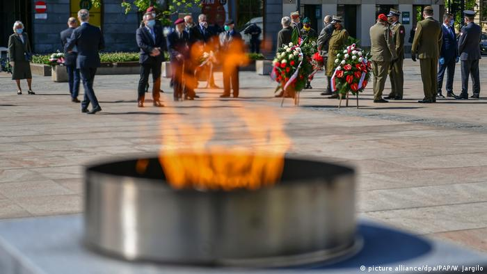 Tomb of Unknown Soldier VE Day (picture alliance/dpa/PAP/W. Jargilo)