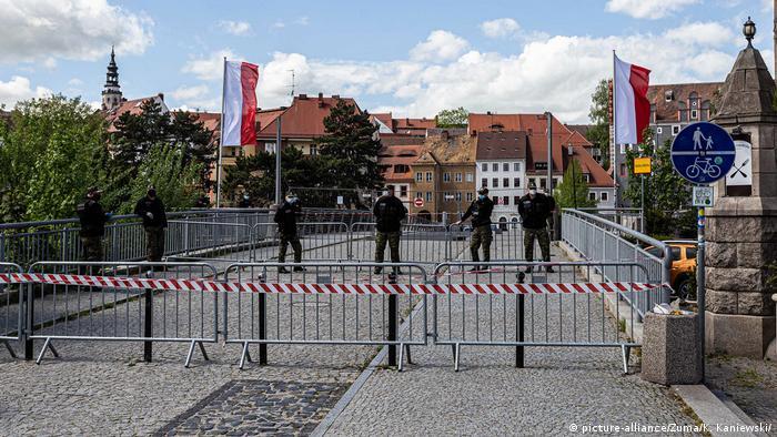 Geschlossene polnisch-deutsche Grenze in Görlitz / Zgorzelec