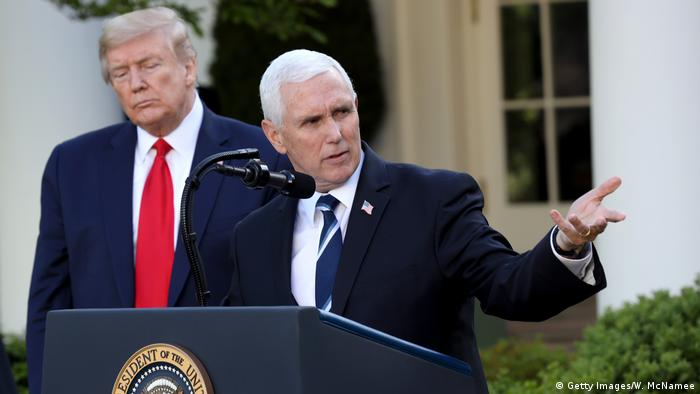 USA   Pressekonferenz Donald Trump   Mike Pence (Getty Images/W. McNamee)