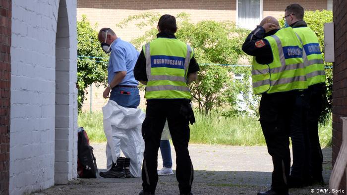 Reprezentanți ai mai multor autorități au mers în locul în care sunt cazați români pentru a face teste de coronavirus