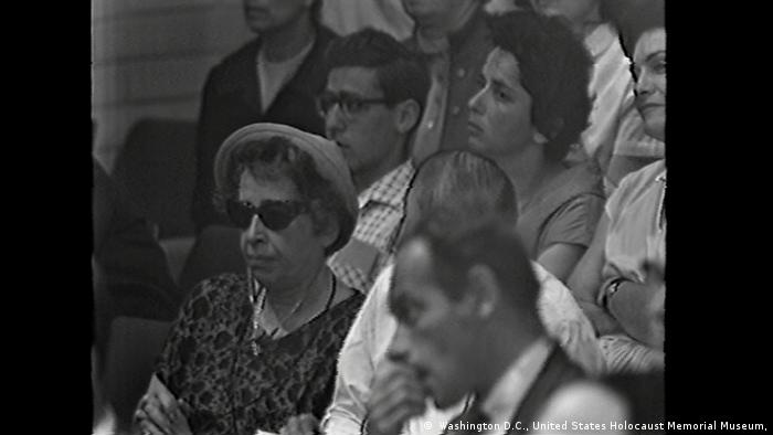 Hannah Arendt at the Adolf Eichmann trial (Washington D.C., United States Holocaust Memorial Museum)