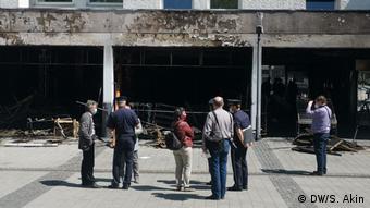 Waldkraiburg'da kundaklanan dükkanlardan biri