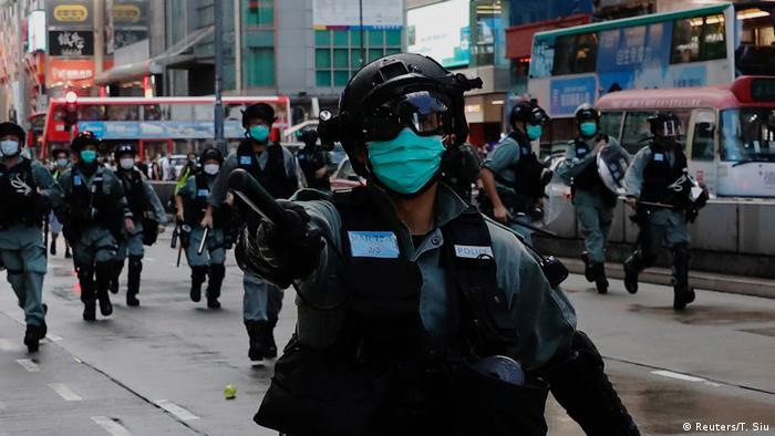 Hongkong Anti Regierungsproteste Polizei (Reuters/T. Siu)