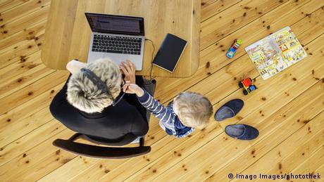 Υποχρεωτική τηλεργασία; Η ευρωπαϊκή εμπειρία