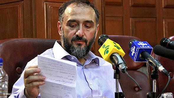 محمد علی ابطحی، معاون پارلمانی رئیس جمهوری اسلامی، در زمان محمد خاتمی