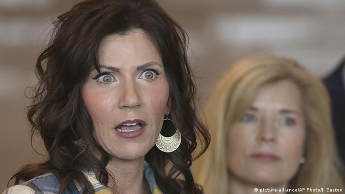 USA Kristi Noem (picture-alliance/AP Photo/J. Easton)