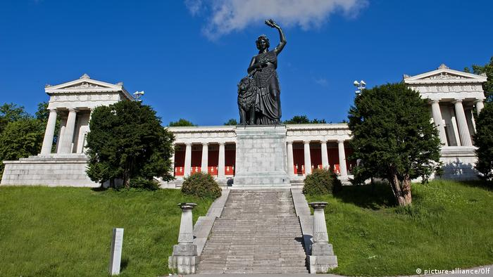 Hall of Fame with Bavaria statue at the Theresienwiese, Munich