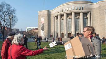 Участники гигиенической демонстрации в Берлине