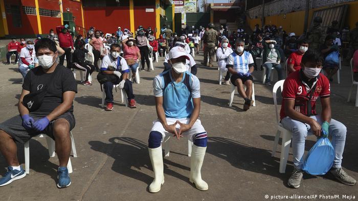 Peru Coronavirus (picture-alliance/AP Photo/M. Mejia)