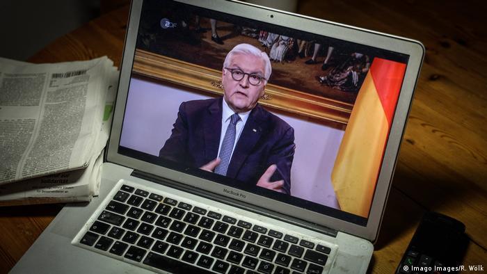 الرئيس الألماني فرانك فالتر شتاينماير متحدثا عبر رسالة فيديو في 12 أيار / مايو 2020