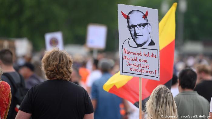 Demonstracije protiv koronski mjera u Stuttagrtu