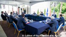 Nord-Mazedonien Skopje | Besprechung Coronavirus, Politiker